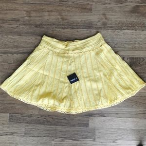 Forever 21 Yellow Short Skirt Cut Out Design L NWT